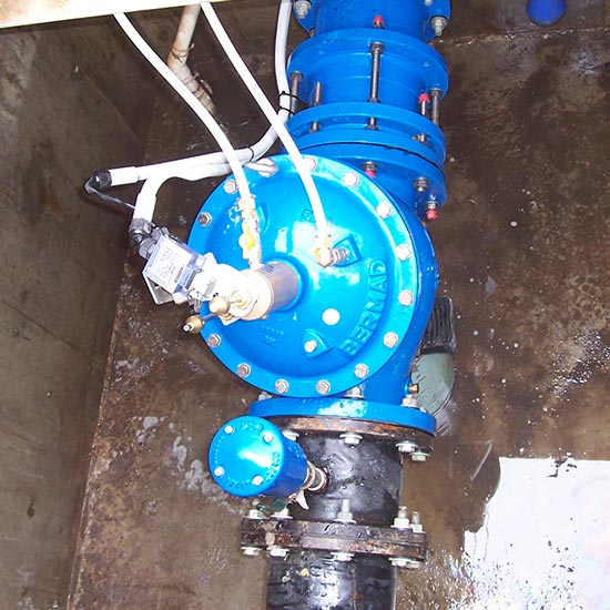 WW720-TC Triple Chamber Pressure Reduction valve with secondary back up chamber